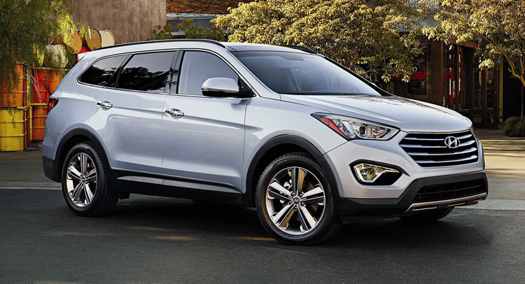 hyundai refreshes 2015 santa fe with chassis and equipment upgrades. Black Bedroom Furniture Sets. Home Design Ideas