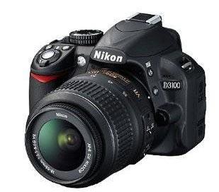 Nikon D3100 con objetivo DX 18-105 mm