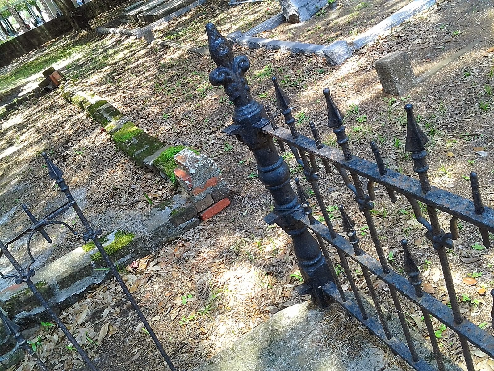 Is Oaklawn Cemetery downtown Tampa haunted?