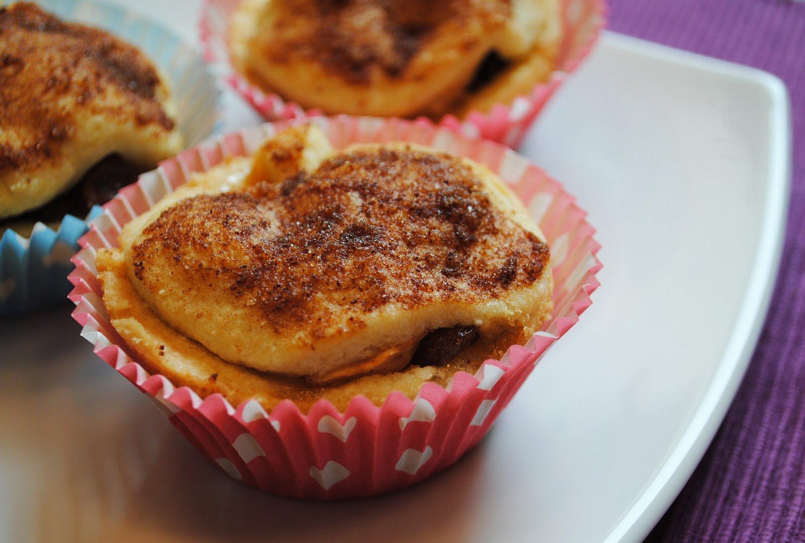 k chenzaubereien amaretto bratapfel muffins mit verstecktem marzipan. Black Bedroom Furniture Sets. Home Design Ideas