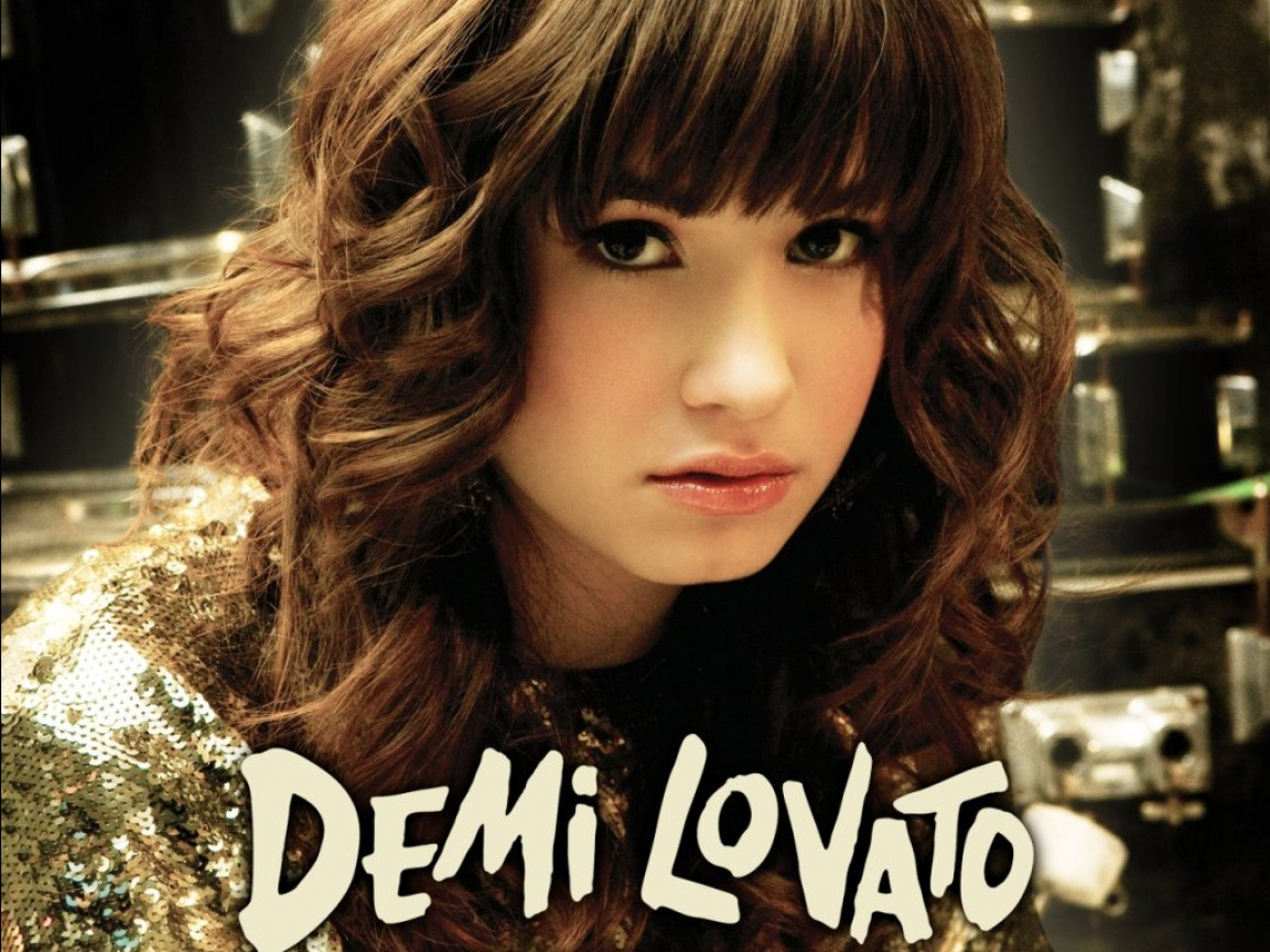 http://4.bp.blogspot.com/-TogH6EnrolY/TaXjEcvngwI/AAAAAAAAFLk/anWcIs3lGek/s1600/Demi-Lovato.jpg