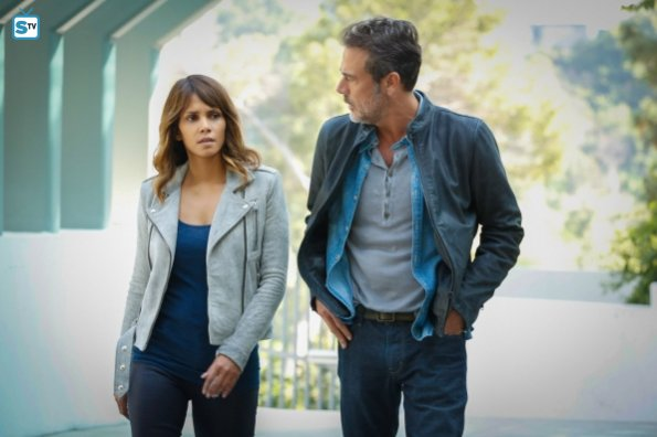 Extant - SpoilerTV Comic-Con Interview with Executive Producers