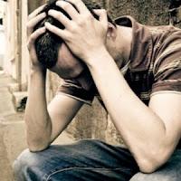 Kebiasaan Pria Saat Depresi dan Pengobatannya