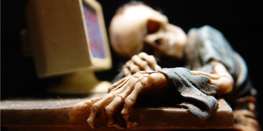 skeleton using computer 840x420 july 2015,Skeleton Computer Meme