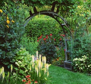 The Jewel Box Home Getting Your Hands Dirty - beautiful vegetable garden designs small