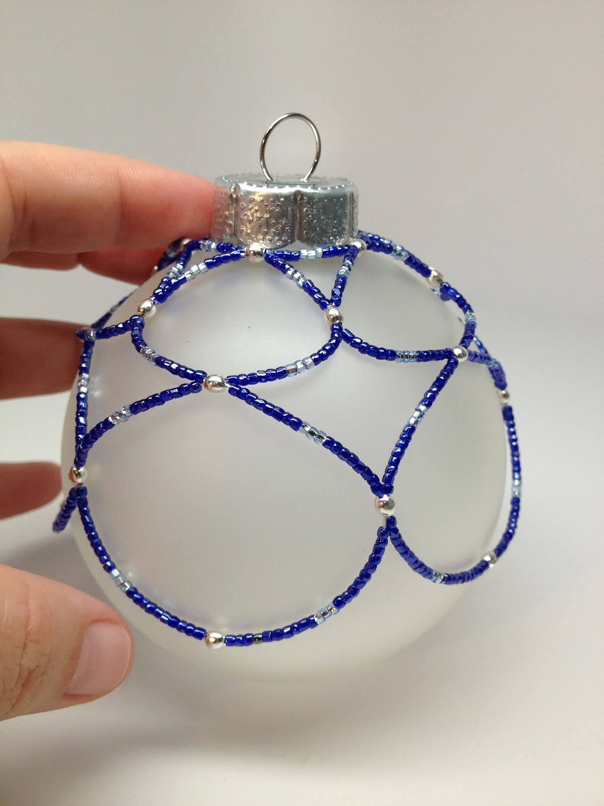 SoftFlexGirl: DIY: Free Beaded Holiday Ornament Using Bead Wire ...