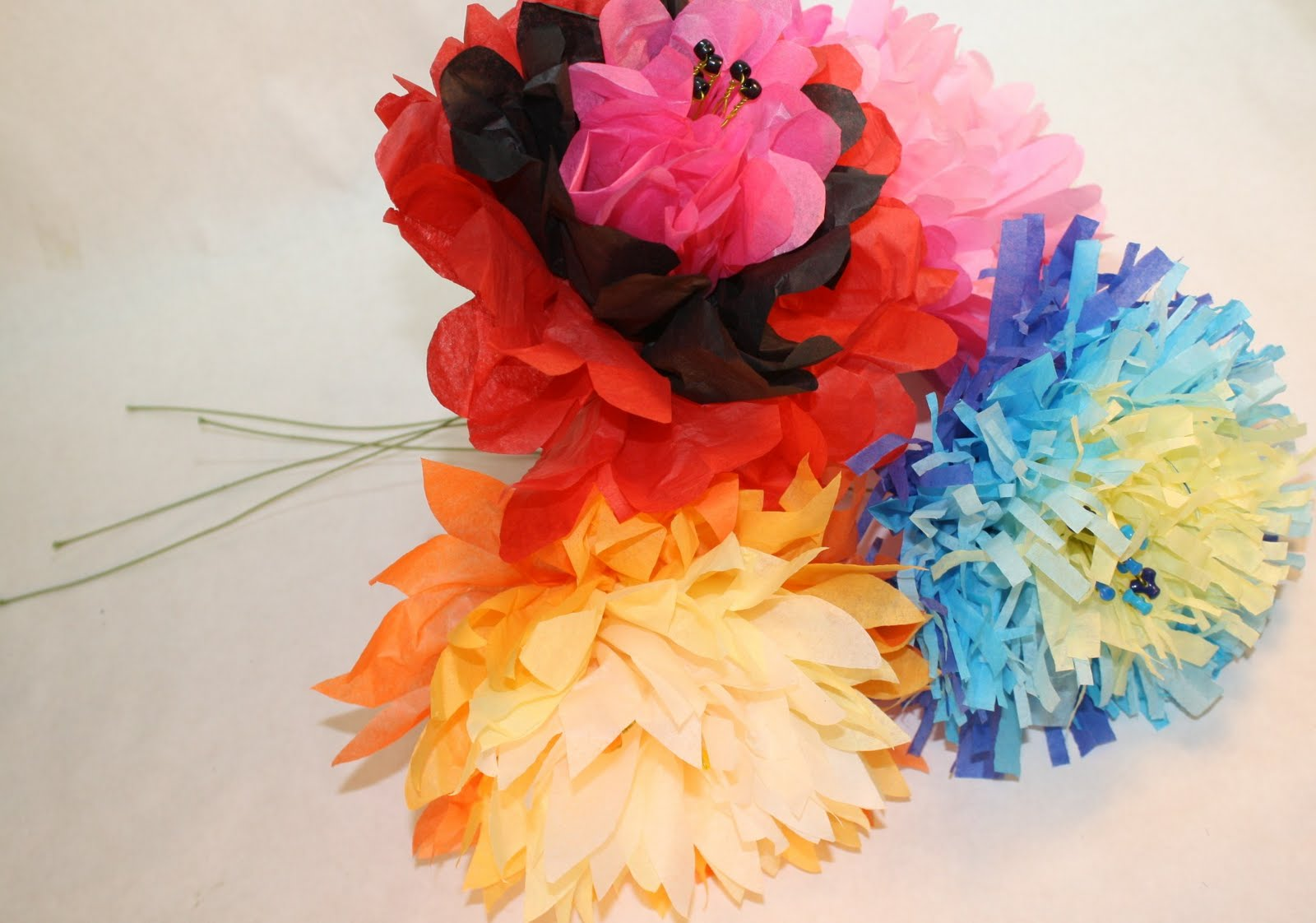 Heidi Boyd Flower Power How To Make Giant Tissue Paper Blooms