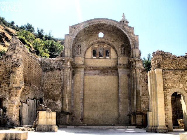 ruinas iglesia santa maria de cazorla