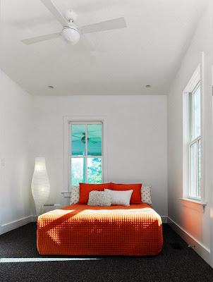 Ruang Tidur Minimalis Dengan Nuansa Keceriaan