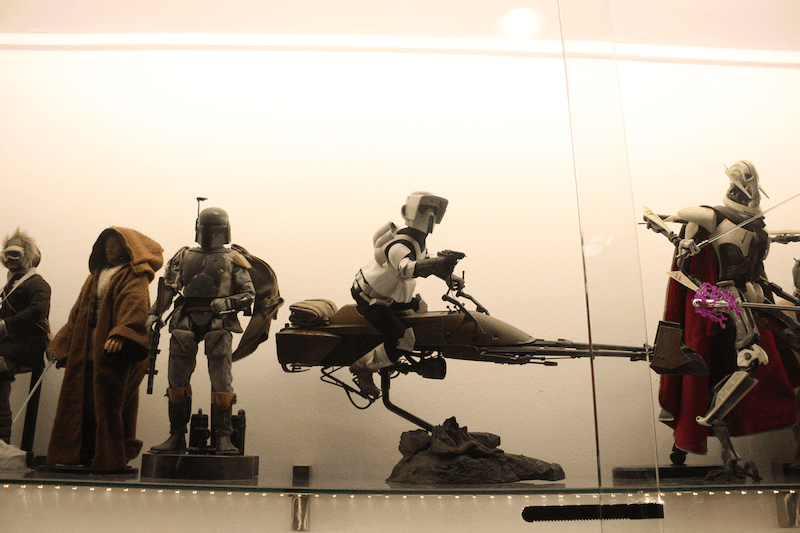 REVIEW: Sideshow Collectibles 1/6 Scale Speeder Bike