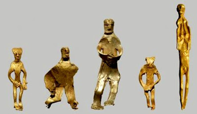 Unique gold figurine found in Denmark
