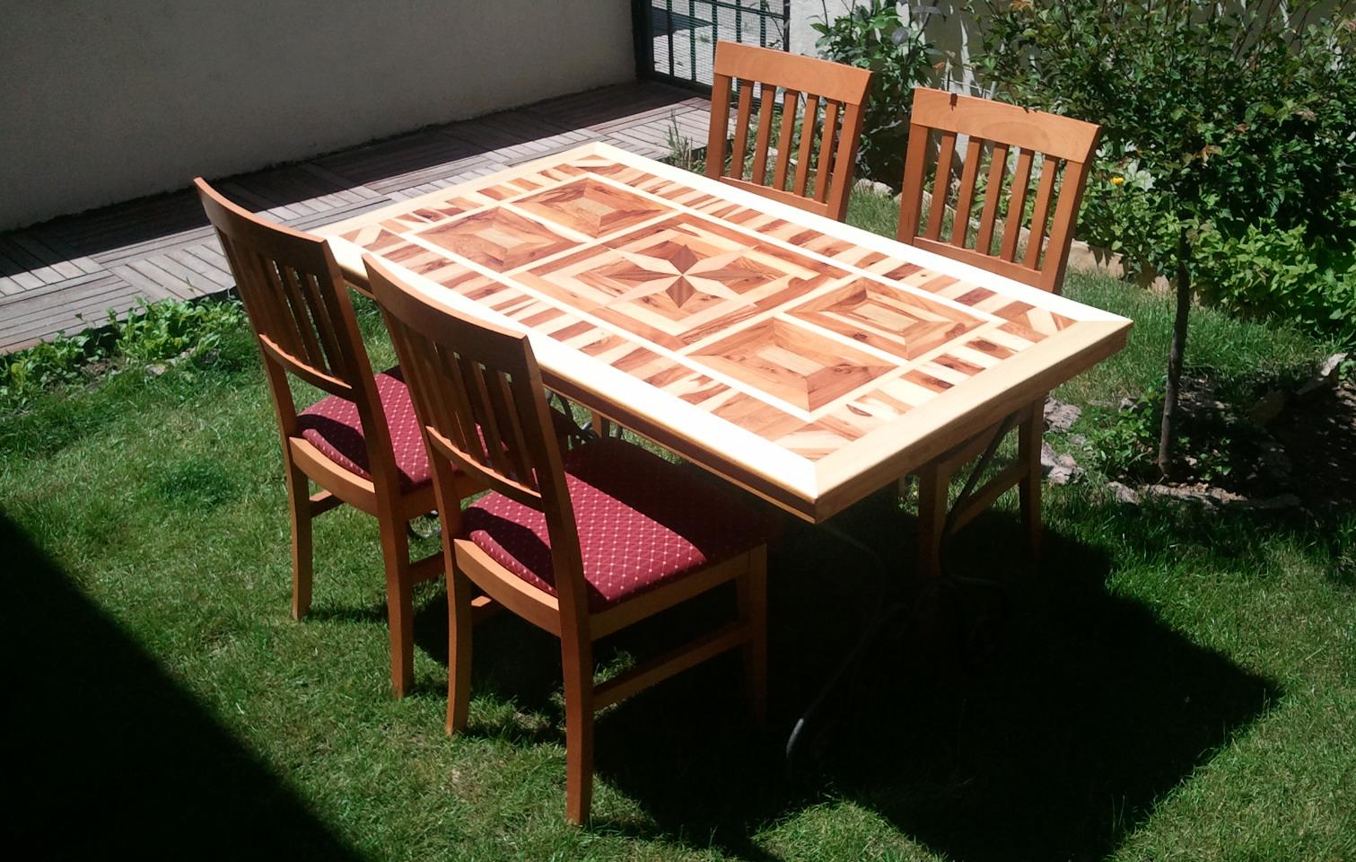 Roque dob n mesa jard n de sabina con patas de hierro forjado for Patas de forja para mesas