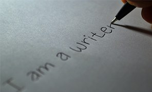 Menjadi penulis artikel website, jasa penulis artikel, jasa content writer