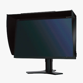NEC SpectraView Reference 271 LCD P-IPS monitor Fornt