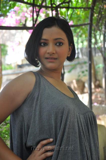 Swetha Basu Prasad Hot