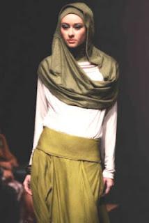 contoh busana muslim 2012 Model Baju Muslim Modern Terbaru 2013