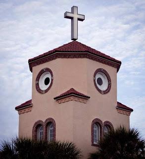 La iglesia cucu