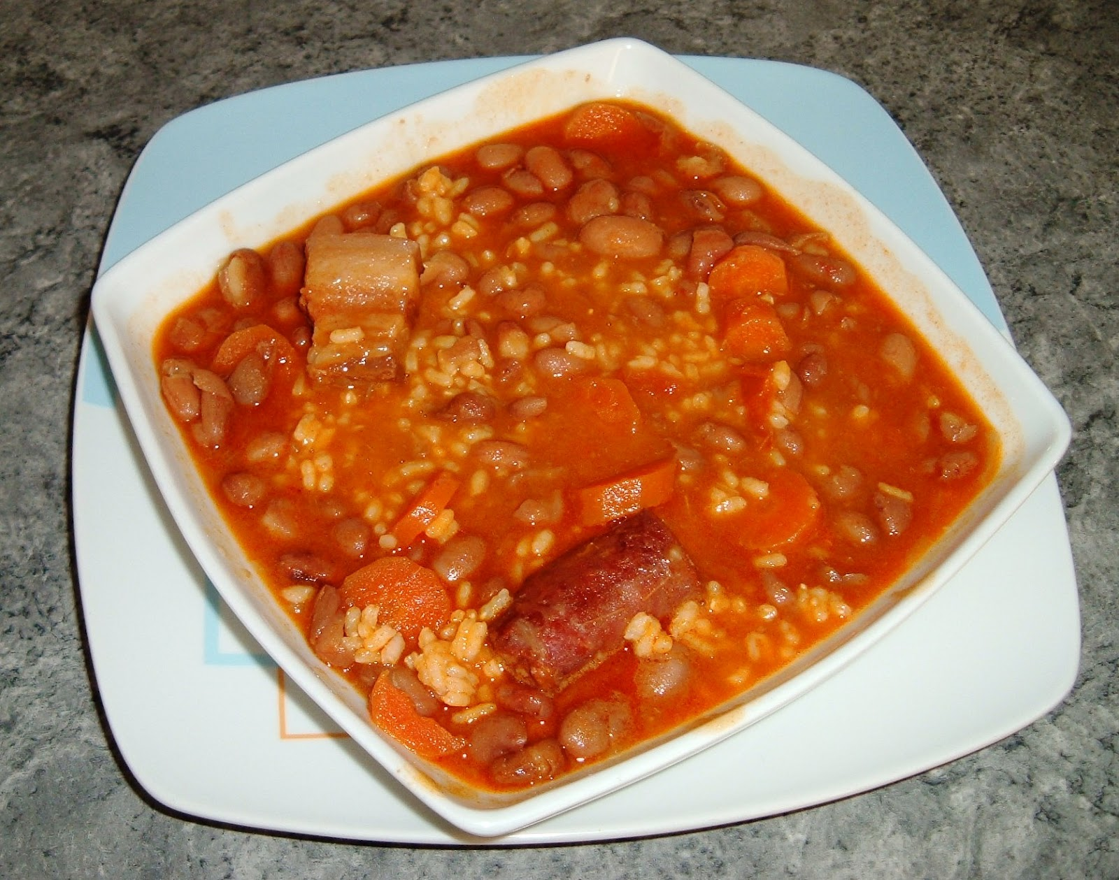 Las recetas caseras de may judias pintas con arroz - Judias pintas con manitas ...