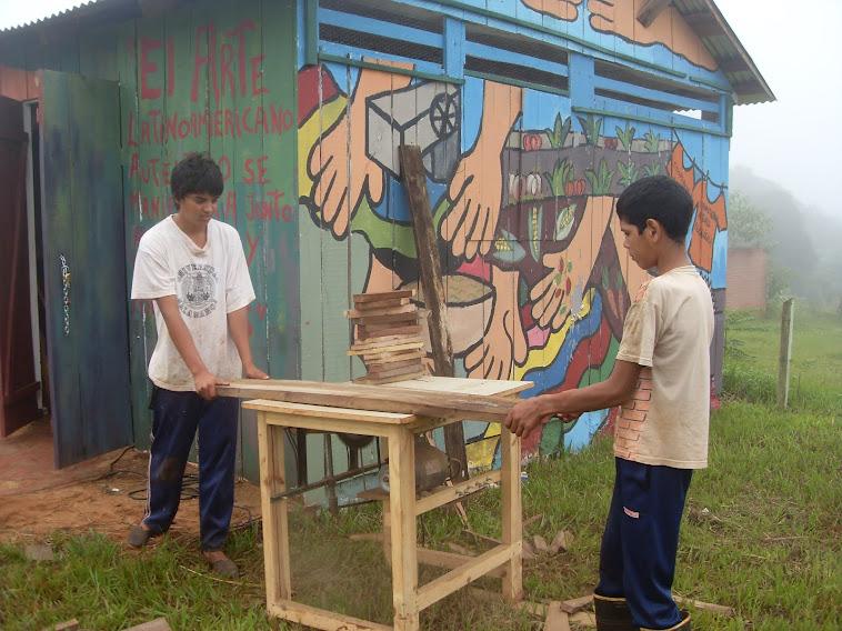 TALLERES: Carpintería / Cartelería y Tallado en Madera