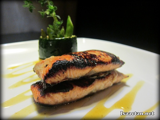 Honey & Grain Mustard Glazed Salmon - RM48