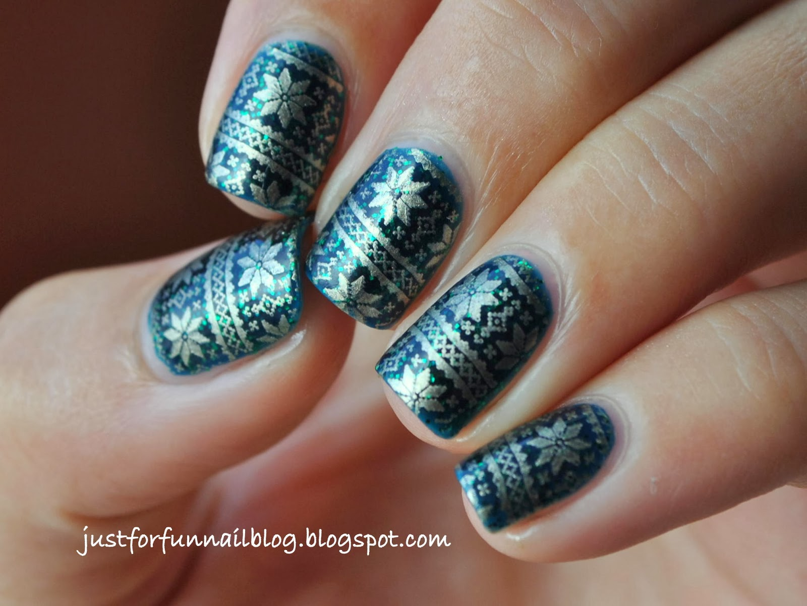 Just For Fun: My first Christmas Nail Design for 2013!
