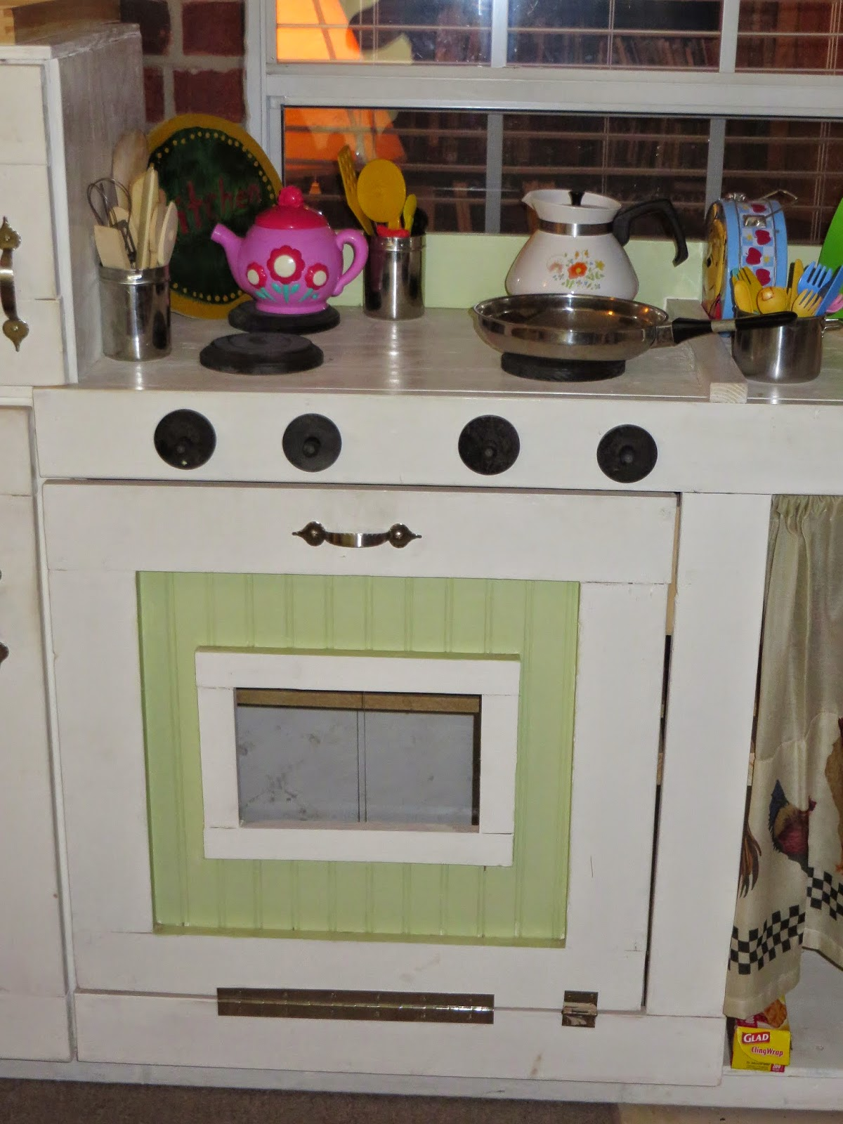 A Chime Of Hearts A Diy Play Kitchen