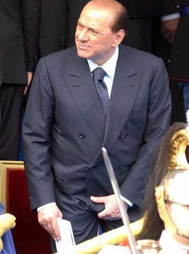 Suggerimenti dischi audiophile e simili - Pagina 3 Berlusconi+si+tocca