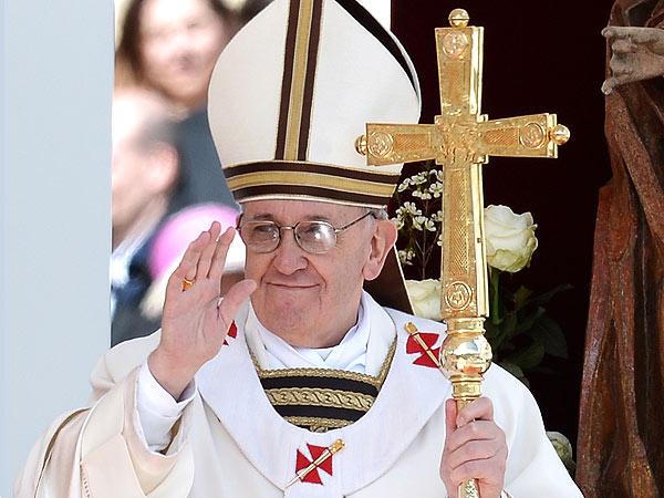 """Tu és Pedro, e sobre esta pedra edificarei a minha Igreja."""" (S. Mt. XVI, 18)"""
