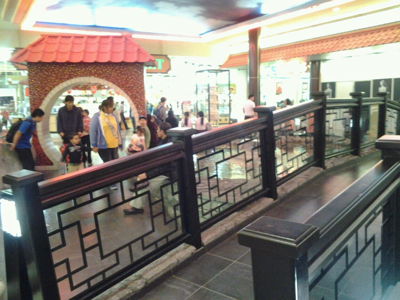West Edmonton Mall chinatown t&t