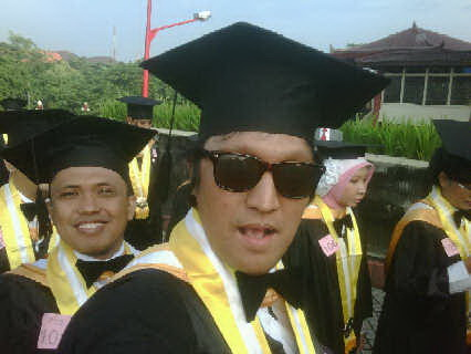 """Pencapaian 'Kecil' Ikang Fawzi, Nilai """"A"""" Bulat, MBA Ikang Fawzi dari UGM, Jan 2011"""