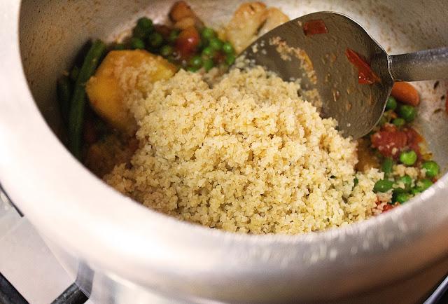 daliya khichdi recipe