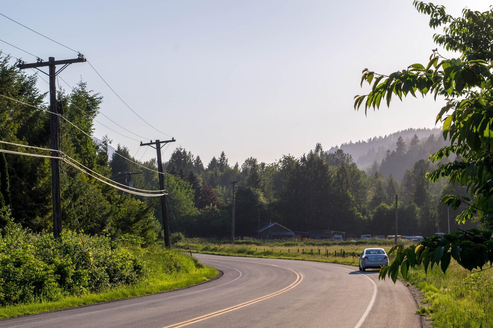 В некоторых местах пейзаж ничем не отличается от русской деревни.