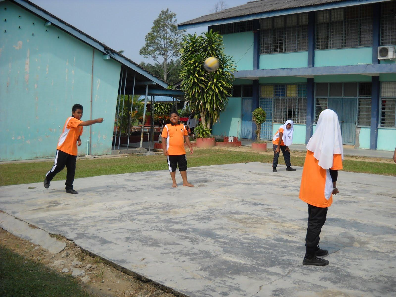 Sekolah Kebangsaan Gelong Gajah: Larian serentak 1Murid 1Sukan ...