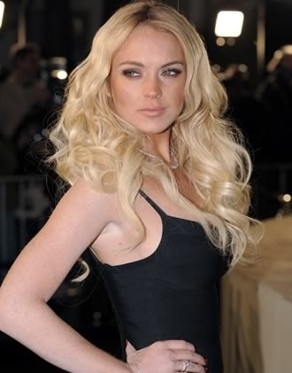 lindsay lohan mean girls cleavage. lindsay lohan mean girls 2.