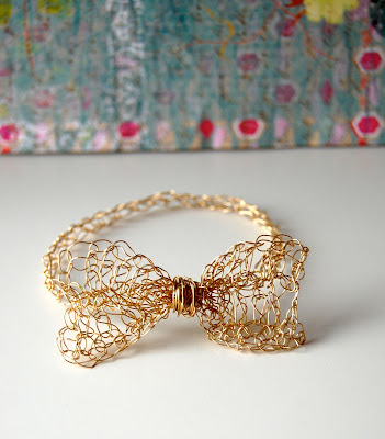 Crochet Bow Bracelet Easy
