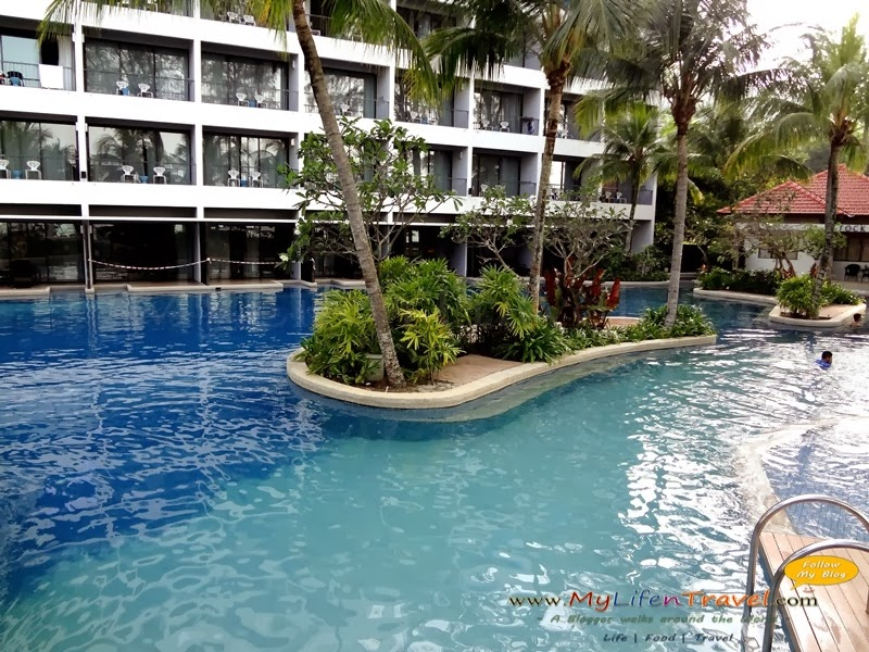 4 - Hard rock hotel penang swimming pool ...