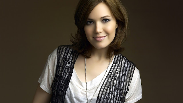 Mandy Moore Female Actress