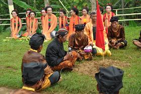 ritual upacara baritan pacitan