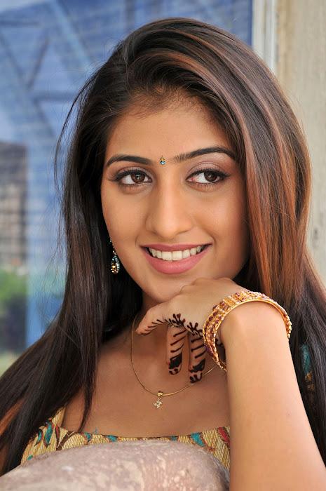 Anisha Singh cute pics