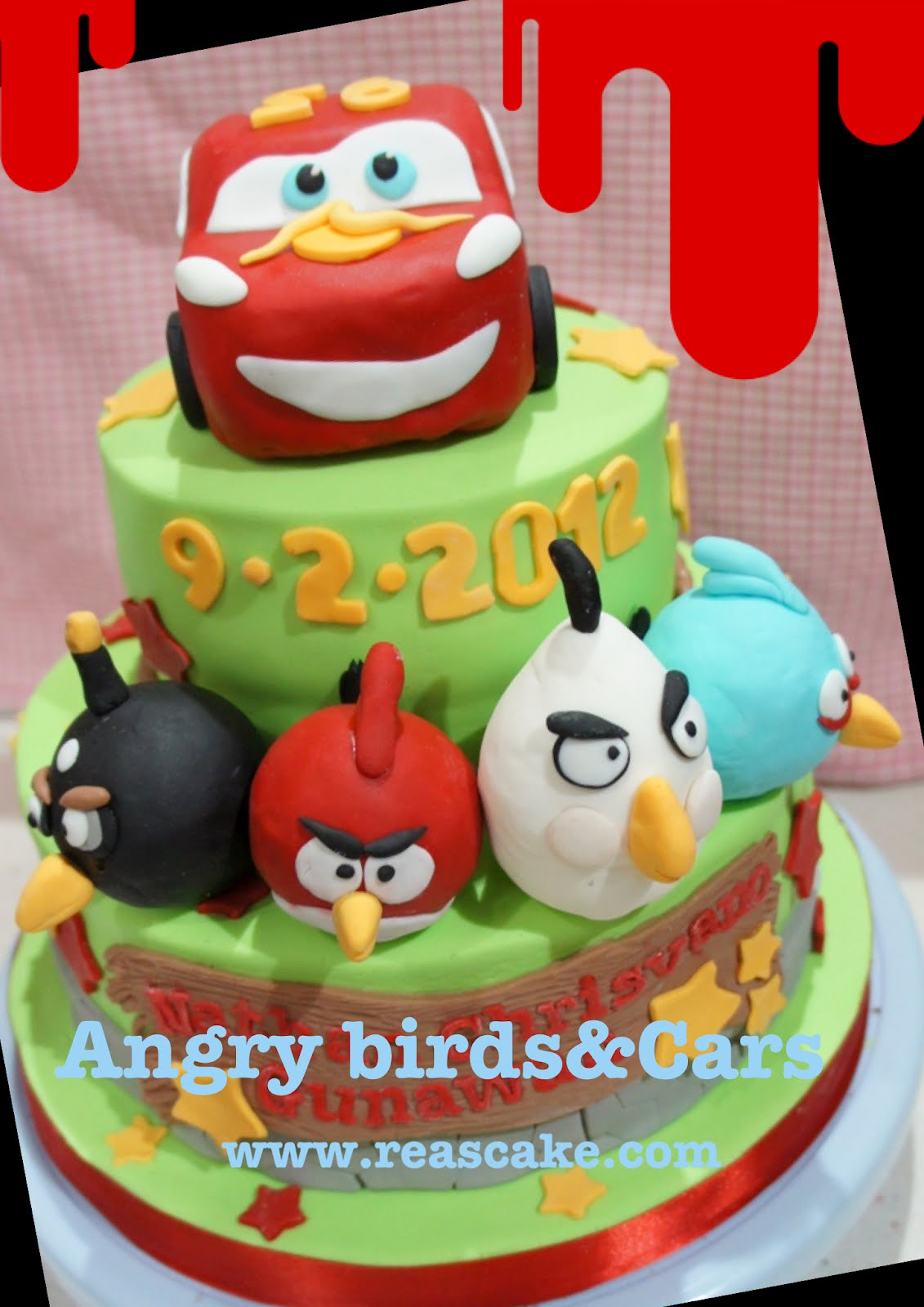 Pictures Of Angry Birds Birthday Cakes : Reas Kuche: Cars and Angry Birds Cake