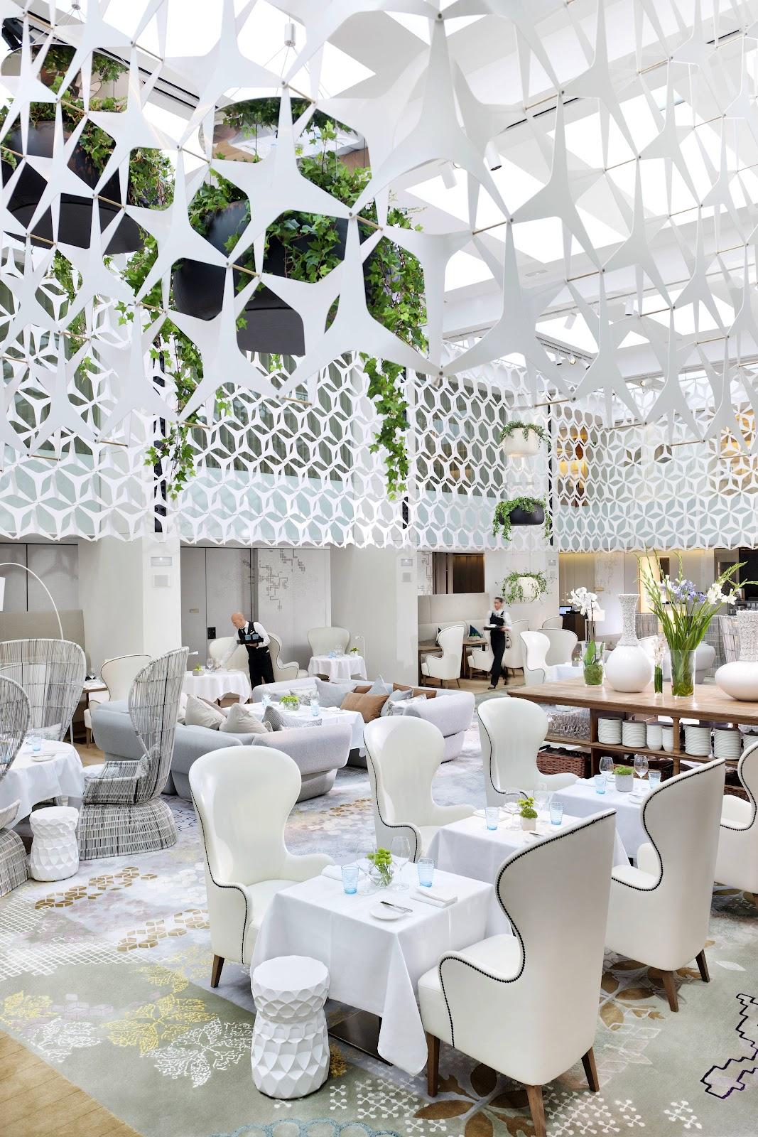 Bespoke patricia urquiola for Hotel design barcelone