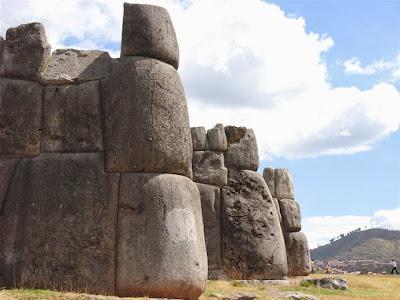 Sacsayhuaman-2