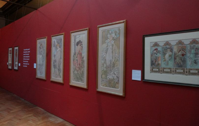 Russell_Cotes_Gallery_inside_Mucha_exhibition