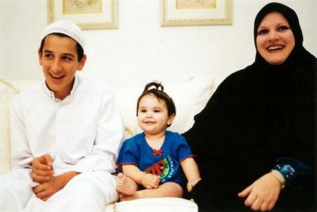 Wanita Amerika Memeluk Islam Setelah Mimpi Bertemu Nabi SAW