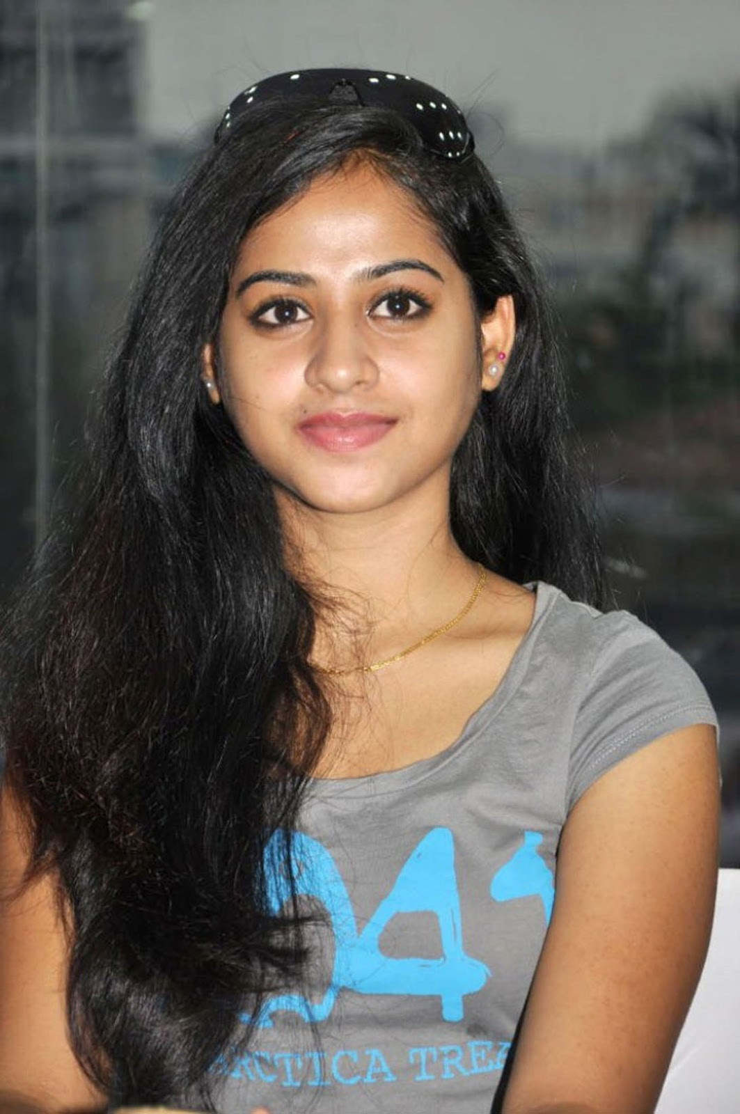 Filmy Girls: Innocent Face Of A South Actress