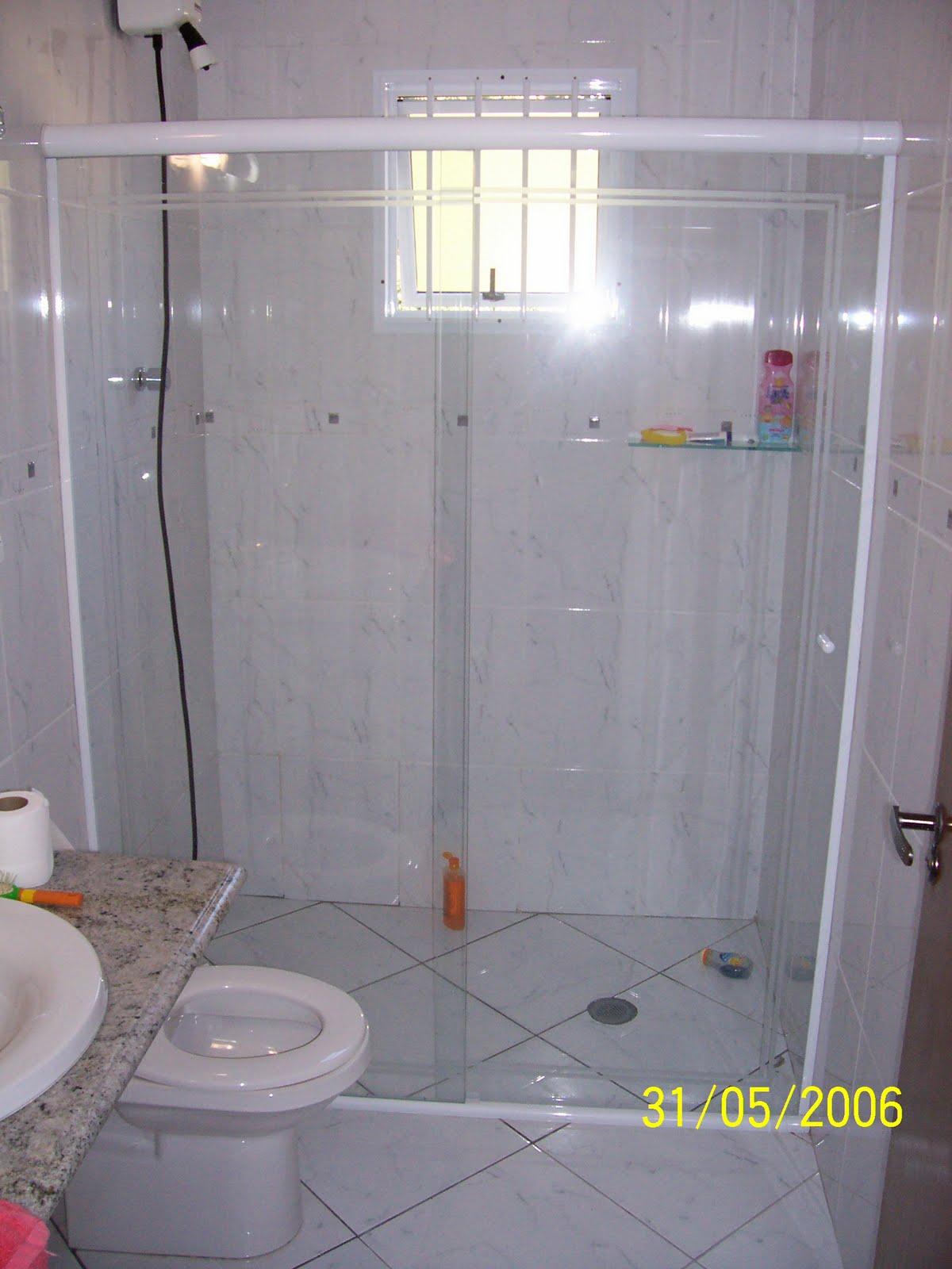 Imagens de #AEAE1D Serralheria Piedade SJ Rio de Janeiro Portões Automáticos etc  1200x1600 px 2528 Box Banheiro Vidro Temperado Rio De Janeiro