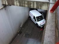 http://www.valledebuelnafm.com/index.php/noticias/item/12089-un-accidente-corta-el-trafico-en-el-tunel-bajo-la-vias-de-la-estacion