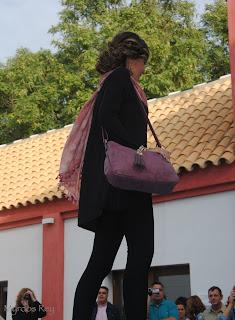 conjuntonegro-bolsorosa-kramelo-fashion-week-larinconada
