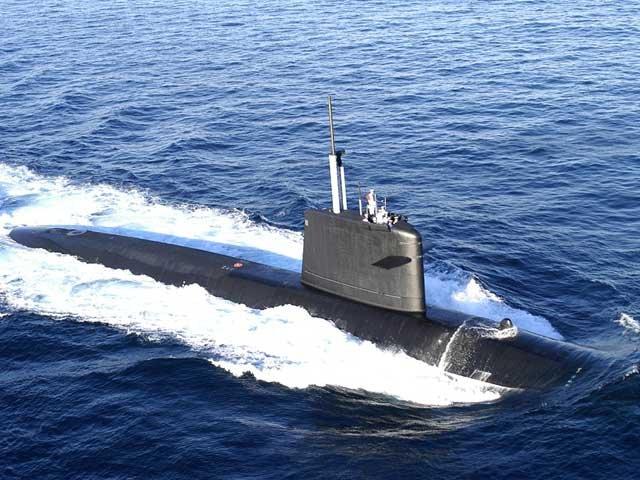 Corea del Norte construye un submarino tiburón