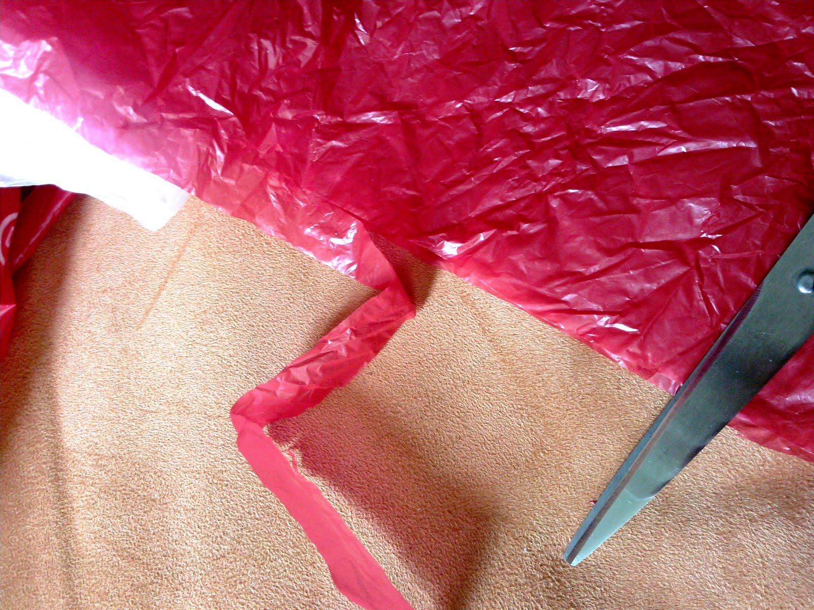 hummeldi 39 s jetzt sitzt sie da und zerschneidet m ll bzw recycling h kel tutorial. Black Bedroom Furniture Sets. Home Design Ideas